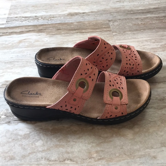 f26eee54f5980 Clarks Shoes - Clarks Bendable Sandals Ladies Size 9M